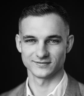 Евгений Тырнов
